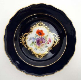 A Mid 20thc Small '' Meissen '' Cabinet Plate , Having