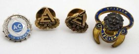 Allis- Chalmers - 3 Badges And An Enamel And Gilt