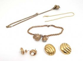Assorted 9ct Gold And Gilt Metal Jewellery To Include