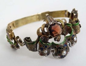 A Late 19thc / Early 20thc Yellow Metal Bracelet With