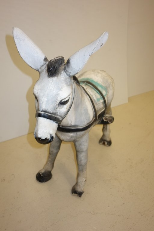 donkey  u0026 cart concrete outdoor statues   lot 237