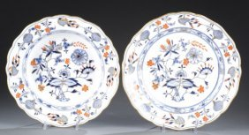 Meissen Onion Pattern With Gilded Rim Dishes.