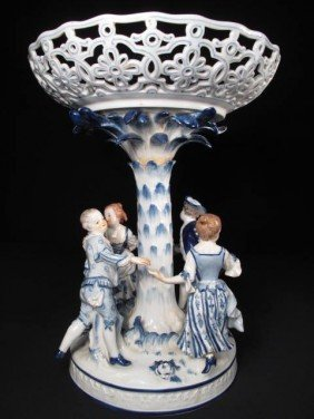 MEISSEN PORCELAIN COMPOTE With FOUR FIGURES