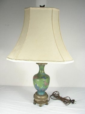 CHINESE CLOISONNE VASE TABLE LAMP
