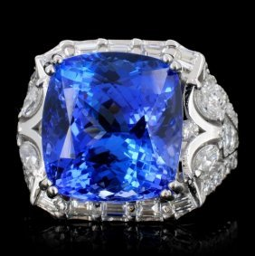 18k Gold 14.59ct Tanzanite & 1.90ct Diamond Ring
