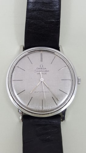 A Classic Omega Seamaster Men's Watch