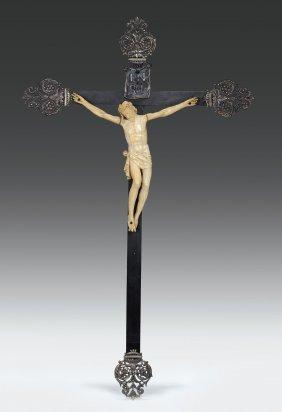 Cristo Morto In Avorio Su Croce In Legno Lastronata In