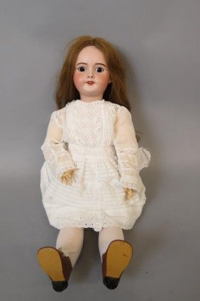 S.f.b.j. Paris Bisque Head Doll,