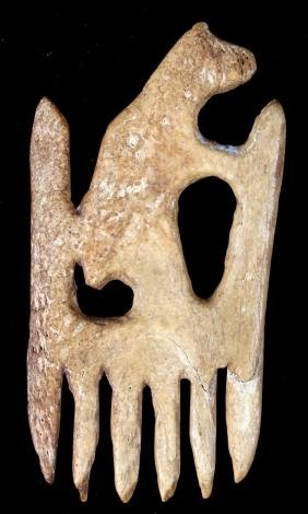 Seneca Carved Black Bear Effigy Comb 17th Century