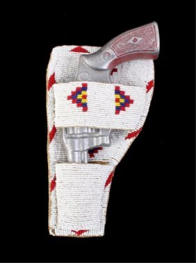 Sioux Beaded Colt Peacemaker Holster 1890-1920