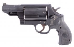 Smith & Wesson Governor 410 & 45 Crimson Trace