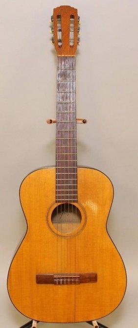 Goya G-10 Classical Acoustic Guitar