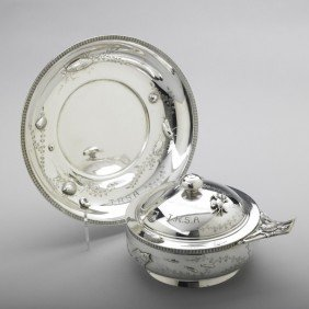 TIFFANY & CO. JAPANESQUE PORRINGER SET