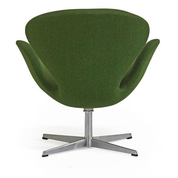 Arne Jacobsen Fritz Hansen Swan Chair Lot 917