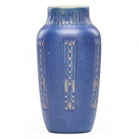 Sadie Irvine; Newcomb College Español Vase