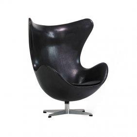 Arne Jacobsen; Fritz Hansen Egg Chair