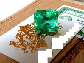 Gia Certified 10.16ct Natural Colombian Green Emerald
