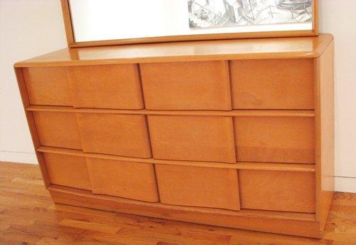 13 Heywood Wakefield Sculptura Dresser With Mirror Lot 13