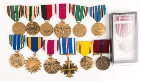 Us Medal Lot Of 12
