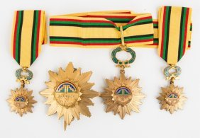 Acuerdo De Cartagena Peruvian Medal & Badge Set