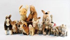 Konv. 32 Plüschtiere, Meist Esel, Steiff, Schuco,