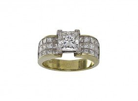 2 CT CENTER DIAMOND RING PLUS 2 CTW  18k GOLD
