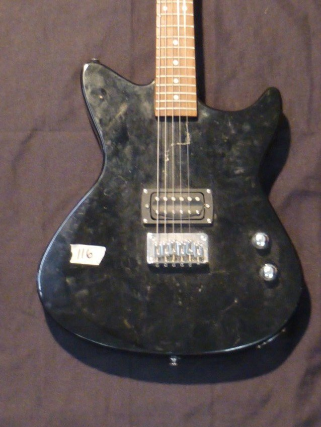 first act me431 electric guitar lot 116. Black Bedroom Furniture Sets. Home Design Ideas