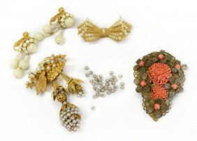 PRIMARILY VINTAGE MIRIAM HASKELL JEWELRY GROUP