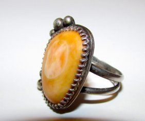 Old Pawnnavajo Sterling Spiny Oyster Ring