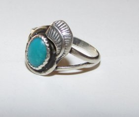 Navajo Sterling Turquoise Small Ring Size 4