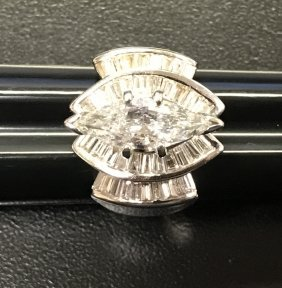 Engagement Ring Marquis Stone.