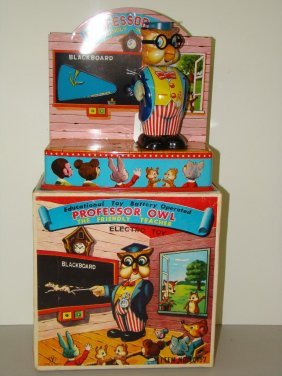 BOXED YONEZAWA BATTERY OPERATED PROFESSOR OWL