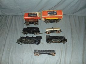 Lionel Pre-war Steam Loco, Tender, Freight Cars