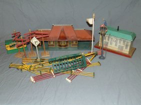 Miscellaneous Train Accessory Lot