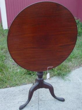 18th C. Dish Top Tilt Top Table