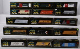 15 Weaver Freight Cars CNW,  NP, Etc