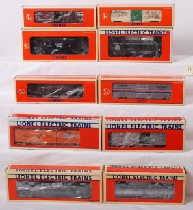 10 Lionel Freight Cars 17880, 29215, 5721, Etc.