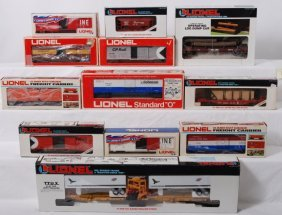 12 Lionel Freight Cars 6334, 16350, 19204, Etc