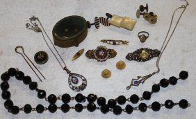Nice Selection Of Victorian Jewelry Inc 10k Gold