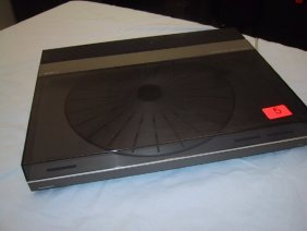 Bang & Olufsen Turntable, Beogram TX 2, W/