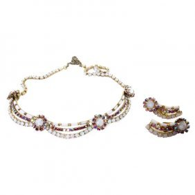Hobe Necklace And Earring Set