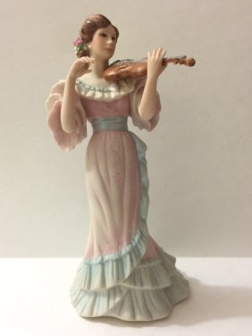 "11"" Vtg Signed Cybis Usa Porcelain Lady Figurine"