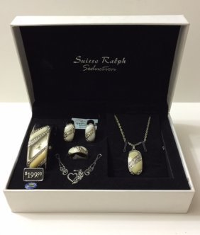 Beautiful New Suisse Ralph Watch & Jewelry Set