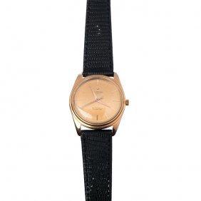 Universal - Wrist Watch, Gold Case