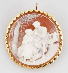 Shell Cameo With 14k Gold Frame.