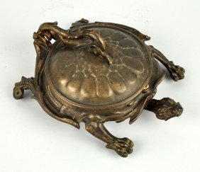 Cast Iron Turtle Spittoon.