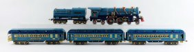 Lot Of 5: Lionel Lines Blue Comet Train Set.