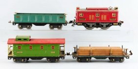 Lot Of 4: Lionel No. 8 Locomotive & Freight Cars.