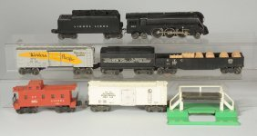 Lot Of 5: Lionel No. 221 Engine And Freight Cars.