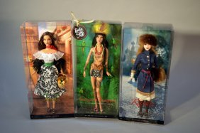 Lot Of 3 Dolls Of The World